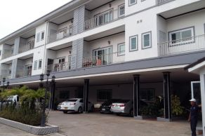 Sapanthong Apartments